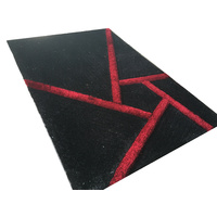 RUG BLACK AND RED GEOMETRY