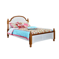 COLONIAL SOLID TIMBER QUEEN BED